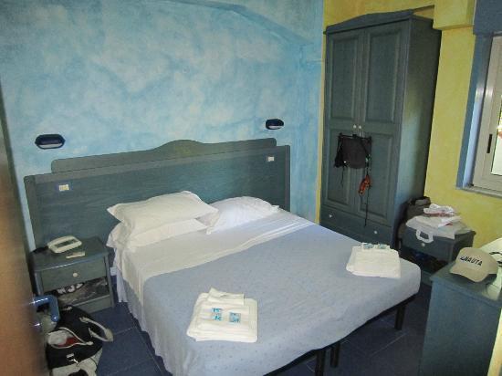 Le camere da letto - Foto di Oasi Azzurra Village, Messina - TripAdvisor