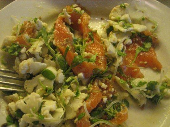 Cafe Parti: Überraschender Sashimi-Salat mit Blumenkohl & Co.