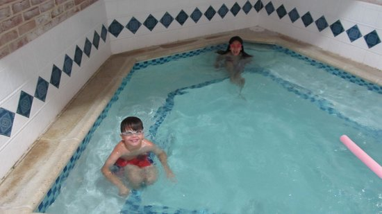 DoubleTree Resort by Hilton Hotel Lancaster: hot tub