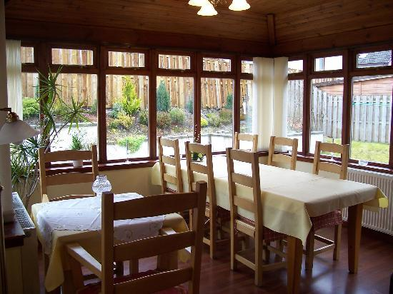Slemish B&B: guests dining room