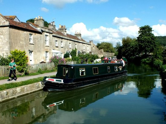 Somerset, UK: Mooring up at Bathampton