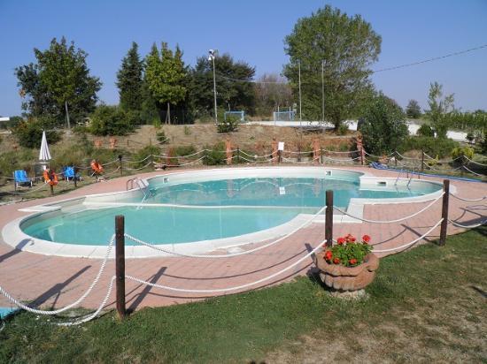 Monte Porzio, Italy: piscina