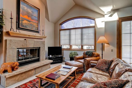 Ironwood Townhomes : Sample Living Room