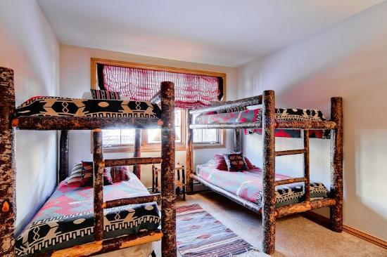Ironwood Townhomes : Sample Bedroom