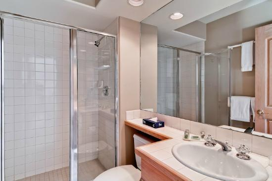 Ironwood Townhomes: Sample Bath