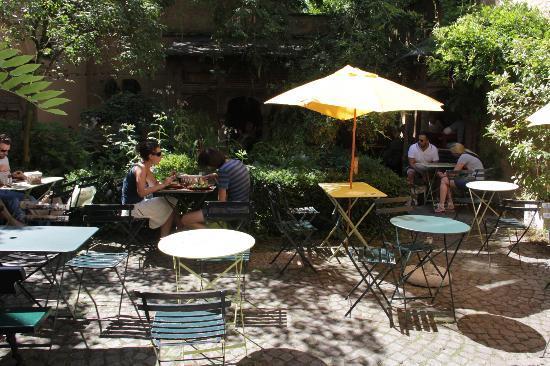 Uit steppe & oase theeten: garden