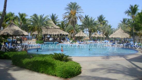 Isla Caribe Beach Hotel: Área Real