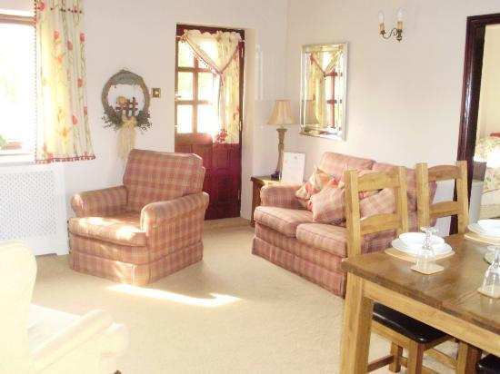 Low Urpeth Farm B&B: our farewell pic of the lovely cottage
