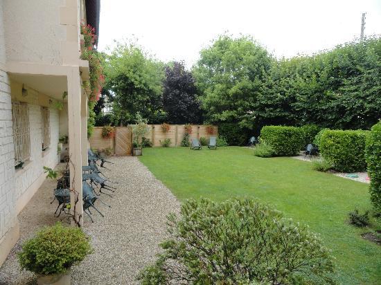 Castel Fleuri: le jardin