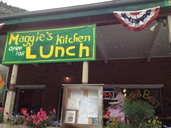 Maggie's Kitchen: the front next to the CO West Jeep Tours place