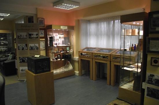 Barlborough Heritage & Visitors Centre: Display Cabinets inside Barlborough Heritage Centre