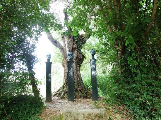 Guide to tuscany outdoors travel guide on tripadvisor - Giardino di daniel spoerri ...