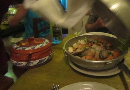 Sr. Fado de Alfama: Cataplana arriving on our table