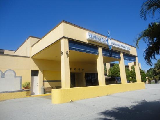 Orlando Continental Plaza Hotel Vista Del Ingreso