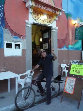 Casa Peon : l'entrée accueillante et musicale de la cassa !