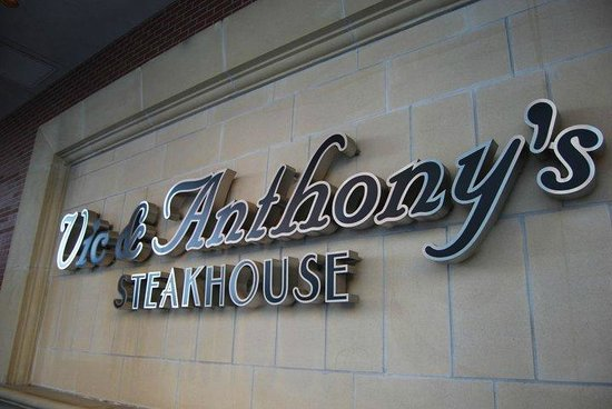 Vic & Anthony's Steakhouse : Entrata