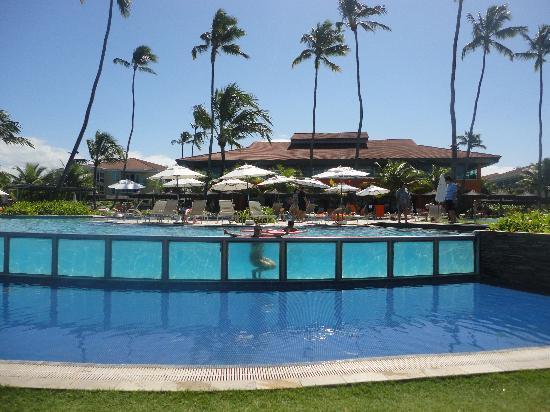 Piscinas lindas picture of enotel acqua club porto de for Fotos de piscinas hermosas
