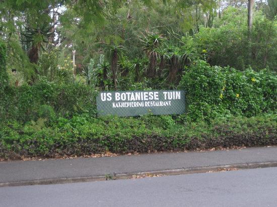 Stellenbosch University Botanical Garden: Botanical Garden University of Stellenbosch