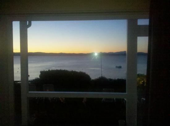Shore Acres Inn & Restaurant: The scene of great sunrises.