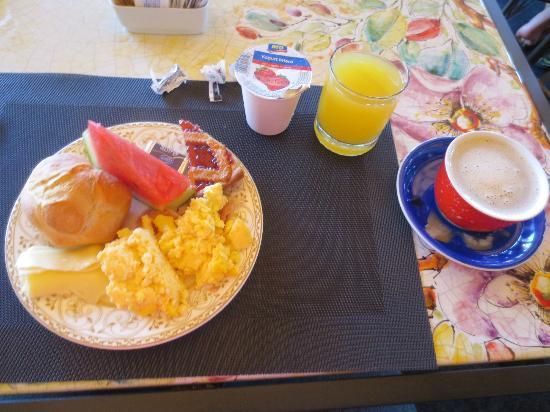 Hotel Dei Consoli: yummy breakfast