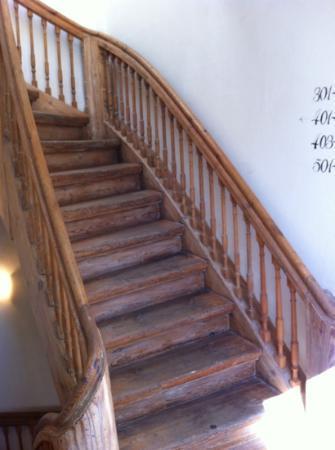 Meriton Old Town Garden Hotel: stairs