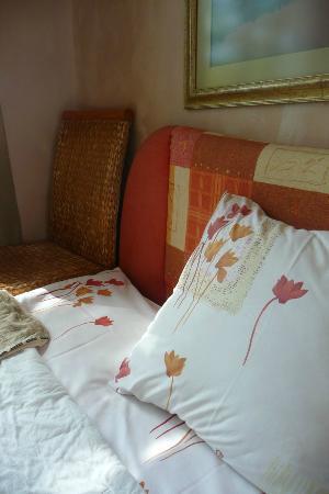 Guest House Senasis Pastas: bed
