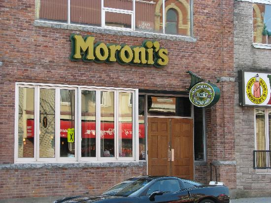 Moroni Restaurant & Tavern : Moroni's, Gananoque, ON.