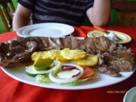 Asados Las Jicaritas: Delicioso Lomo de Costilla
