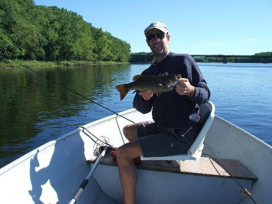 Penobscot river maine all you need to know before you for Lake fishing near me