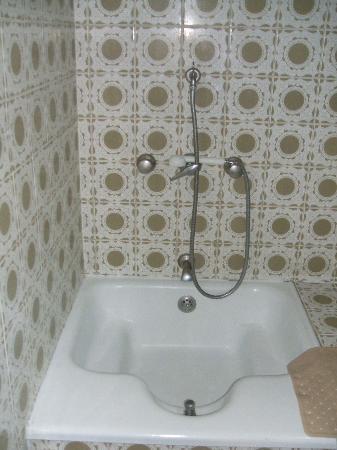 Albergaria Insulana: bath