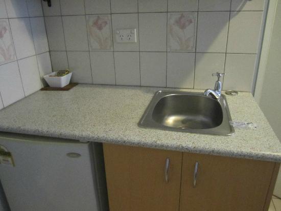 Brisbane Airport Inn: 'kitchen