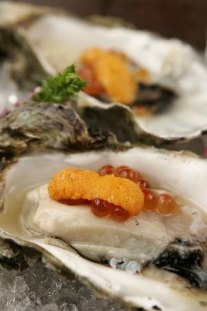 Kanoyama: oyster uni ikura