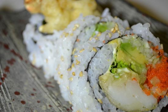 Kanoyama: lobster tempura roll