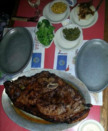 Dan's Steakhouse: Sirloin for Two and 4 sides