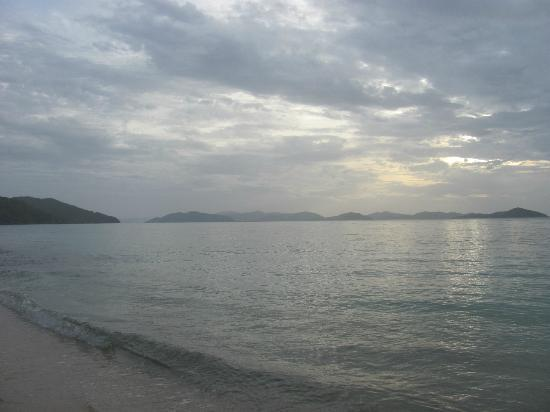 Mango Bay Resort: Post storm view towards Tortola