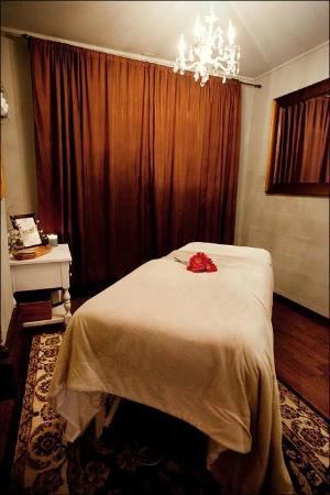 Botanica Day Spa: Massage room #2