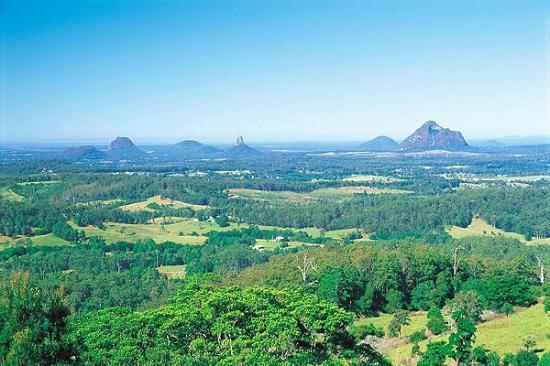 Top Spot Motel: Glass house Mountains
