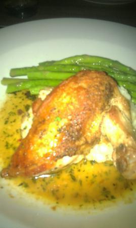 Navy Yard Bistro : My Chicken dinner Yum