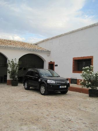 Cortijo Sierra la Solana 1878: Excellent parking right outside door to room (perfect if you have full car)