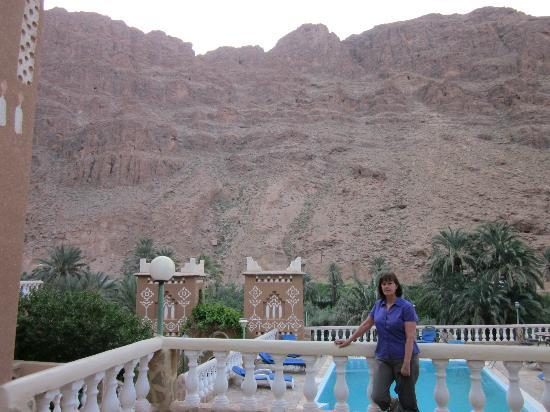 Maison d'Hotes Kasbah Taborihte: Surrounded by the mountains