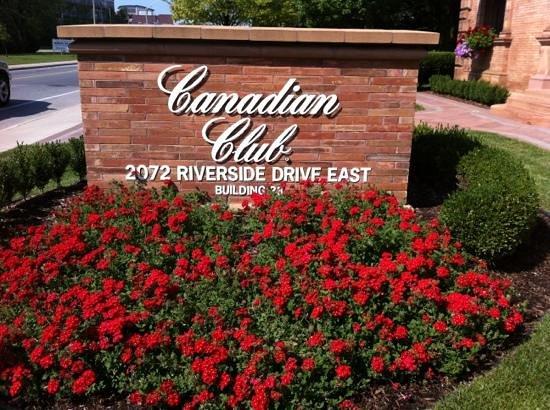 Canadian Club Brand Center: cc
