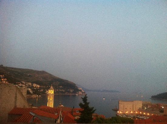 Apartment Lucic: coucher du soleil de la terrasse