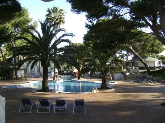 Iberostar Playa de Muro Village: Piscine de l'hotel