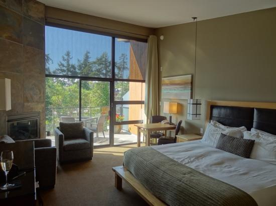 Brentwood Bay Resort & Spa: My Suite