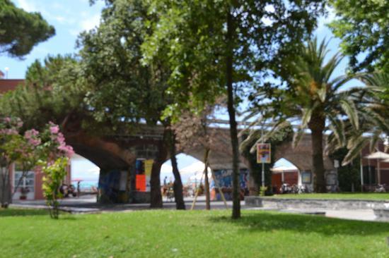 Hotel Garden: Park in Levanto