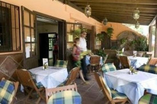 El Porton: Restaurant