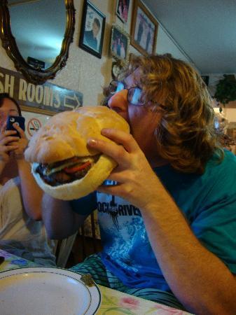 Old Grouch : Grouchasaurus burger.
