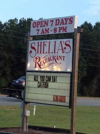 Shelia's Restaurant: Great place to eat