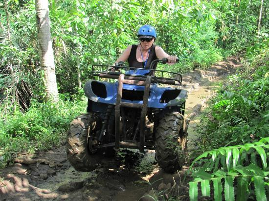 Paddy Adventure Bali: Getting air!