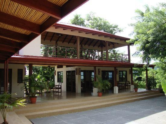 AHKi B&B Retreat: The Yoga Center